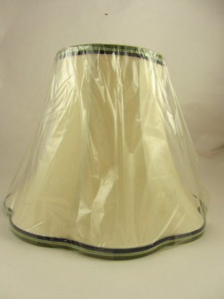 MOORCROFT Original Hand Woven Silk Lamp Shade (Small) - p37