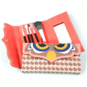Make Up Set - Brushes, Applicators & Mirror in Case - owl